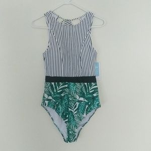 CUPSHE Black Striped/Tropical One-piece